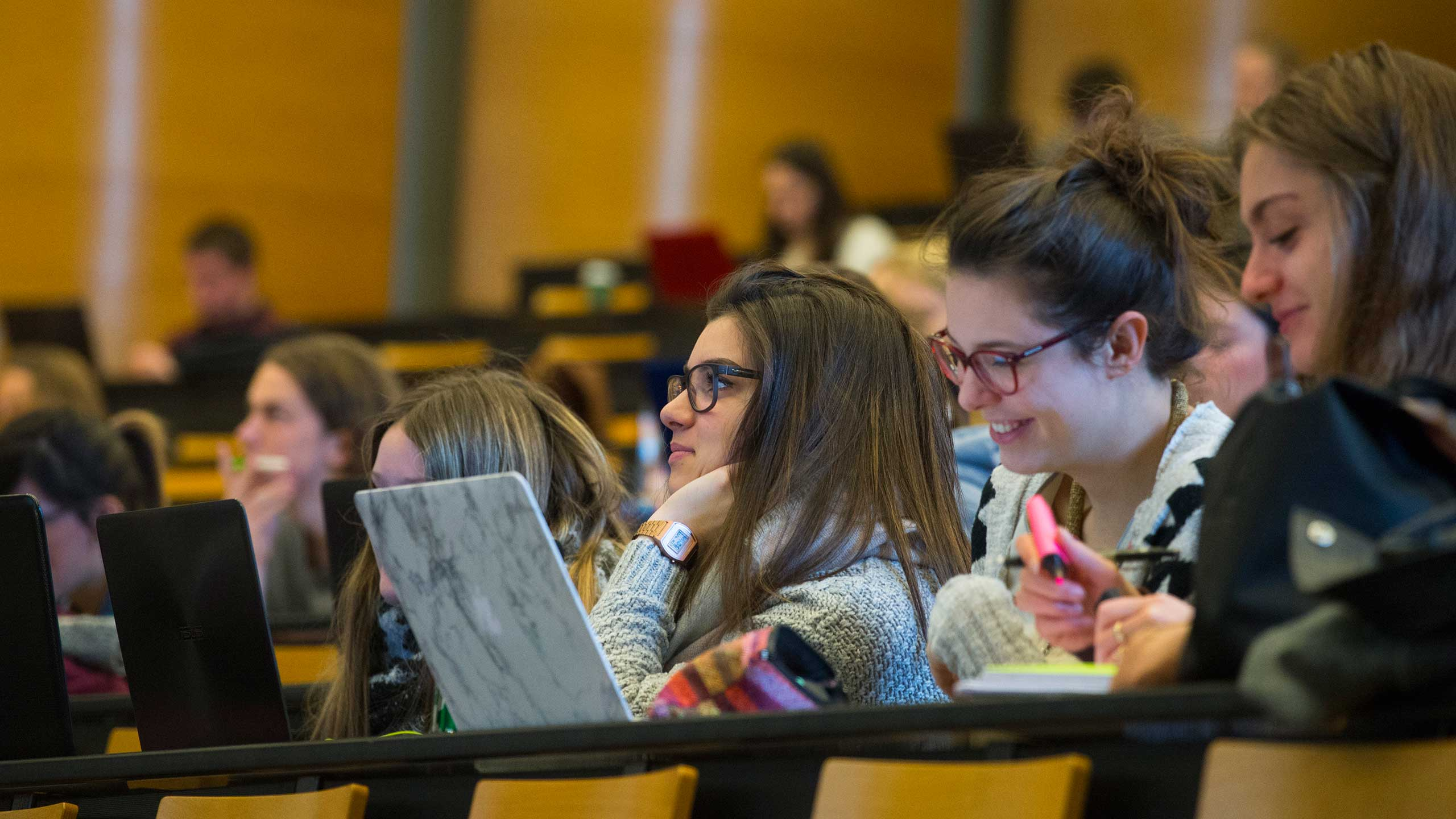 Registration procedures for international students